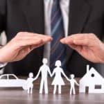 ¿Es necesario formarse de manera específica para trabajar en seguros?